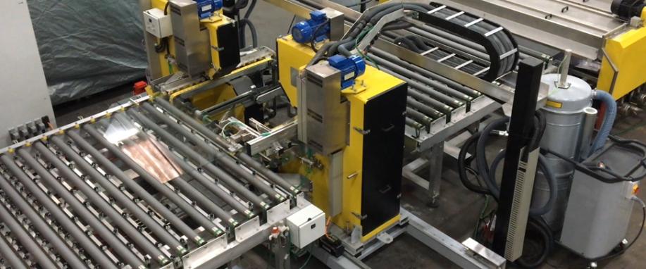 Усиленное коррозионностойкое модульное решение, примененное в станке для фацетирования стекла