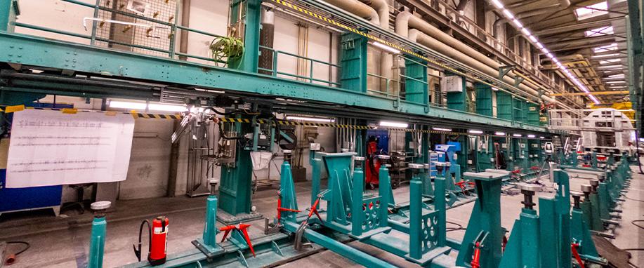 Большая длина, сложность и загрязненные условия: система линейного перемещения в производстве вагонов